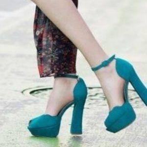 Shoemint Chloe Platform Heels Size 9 New With Box